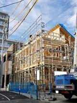 株式会社高盛ハウスが施工中の宮城県仙台市内(仙台市梅田現場)の大工工事戸建て現場紹介写真になります。